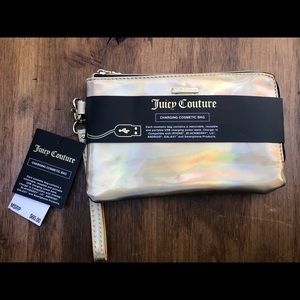 JUICY COUTURE Gold Phone Charging Wallet Wristlet